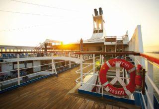 Astor deck sunset(1)