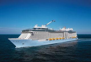 Ovation-of-the-Seas (1)