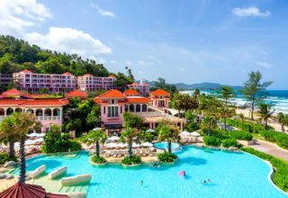 03-index-page-centara-grand-beach-resort-phuket-water-park-and-beach (1)