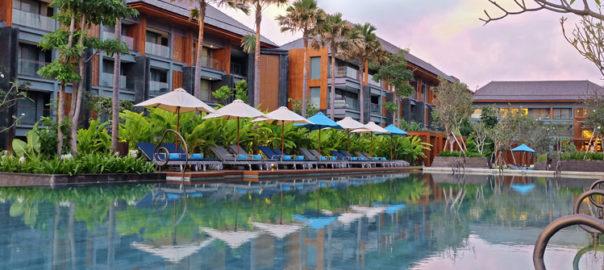 hotel-indigo-pool
