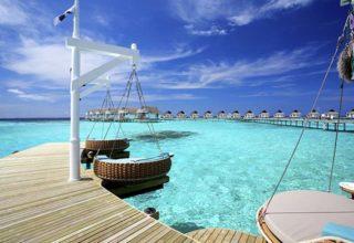 2-maldives-the-over-water-villas-02-640x457