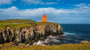 gi-t-eu-iceland-grimsey-island-lighthouse-on-the-cliff-515679278-i-16-9