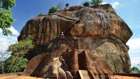 sri-lanka-sigiriya-lion-rock-fortress