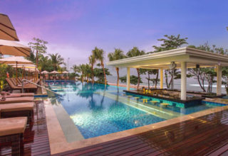 Padma-Legian-New-Adult-Only-Infinity-pool