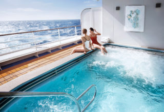 silversea-luxury-cruises-silver-muse-zagara-beauty-spa-outdoor-jaccuzzi