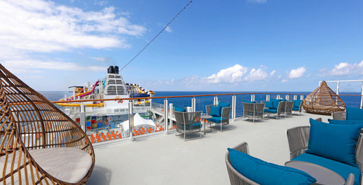 Dream-Cruises-Palm-Court